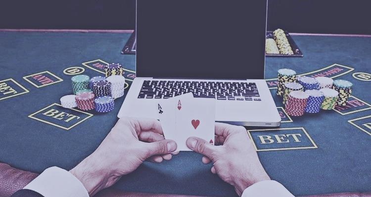 Judi poker online dan cara mainnya